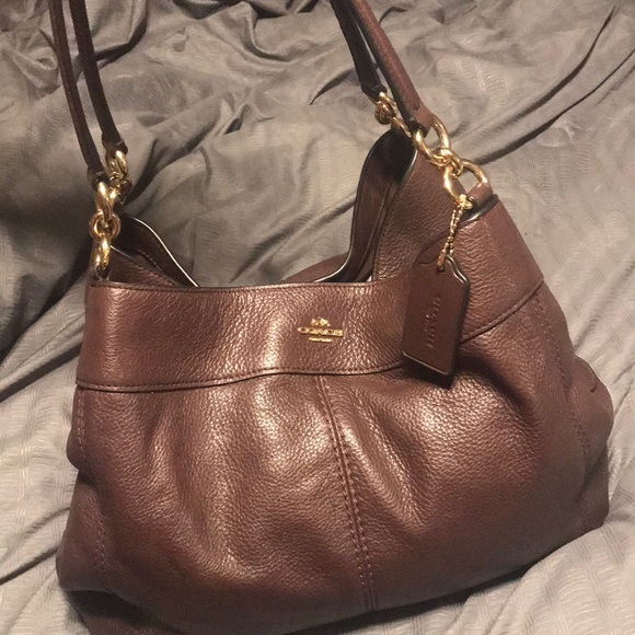 Coach Handbags - Large brown coach purse still brand new ! 5a8821d6b9d1b